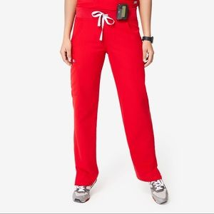 figs red kade cargo pants small petite